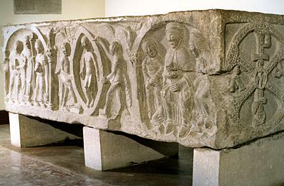 El sarcófago de Doña Sancha mostrará todo su esplendor desde el colegio de las Benedictinas