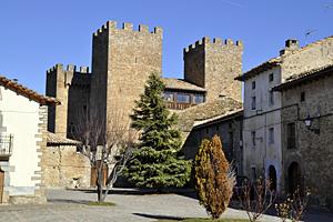 CASTILLO PALACIO DE BINIÉS Siglos XII-XV