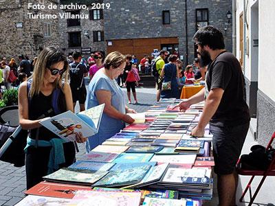 Feria del libro y del cómic en Villanúa